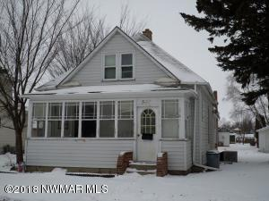 507 Knight Avenue N, Thief River Falls, MN 56701