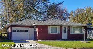805 Kendall Avenue S, Thief River Falls, MN 56701