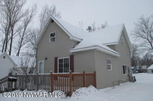 615 Markley Avenue S, Thief River Falls, MN 56701