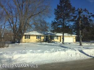127 4th Street NE, Cass Lake, MN 56633