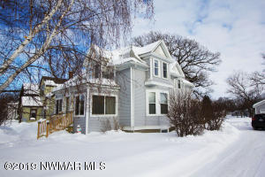 406 Red Lake Boulevard, Thief River Falls, MN 56701