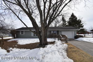 509 Washington Street SE, Warroad, MN 56763