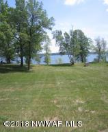 90 feet of beautiful lakeshore