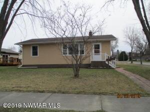 1321 9th Street, International Falls, MN 56649
