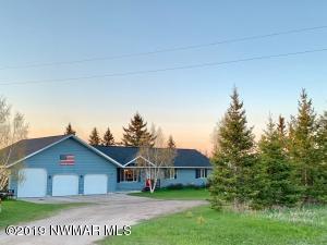 33747 State 11 Highway, Roseau, MN 56751