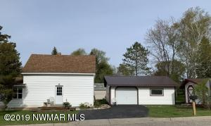318 1st Avenue, Clearbrook, MN 56634