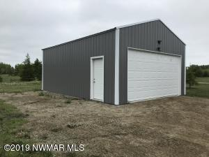11 State Highway, Warroad, MN 56763