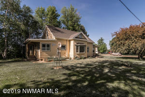 718 Sampson Street, Crookston, MN 56716