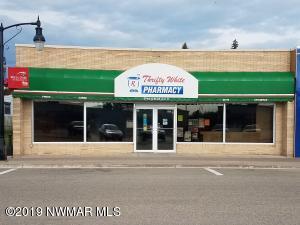 111 Main Avenue N, Baudette, MN 56623