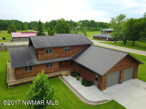 9595 Airfield Road NW, Angle Inlet, MN 56711