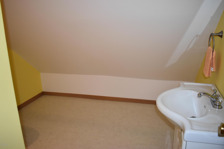 upstairs apartment bath