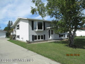 1612 6th Avenue E, International Falls, MN 56649