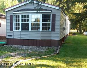 17283 East Pine Drive NW, Angle Inlet, MN 56741