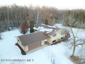 504 18th Avenue NE, Roseau, MN 56751