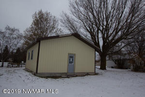 110 2nd Street N, Middle River, MN 56701