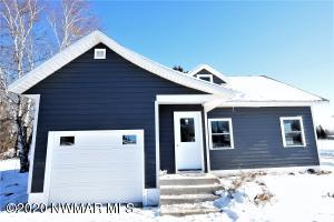600 6th Avenue NE, Roseau, MN 56751