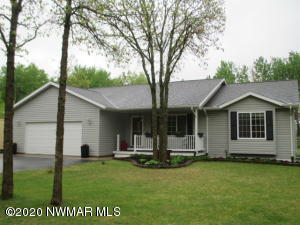 5786 Mid Valley Lane NW, Bemidji, MN 56601
