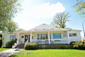 209 2nd Avenue NE, Roseau, MN 56751