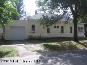 202 1st Ave Se, Bertha, MN 56437