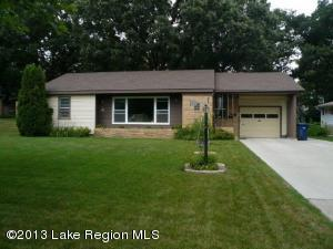 1018 W Summit Avenue, Fergus Falls, MN 56537