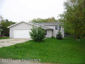 321 2nd Avenue NW, Rothsay, MN 56579