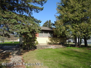 707 Lake Shore Drive, Battle Lake, MN 56515