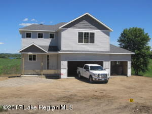 15817 Ridgeview Lane E, Detroit Lakes, MN 56501