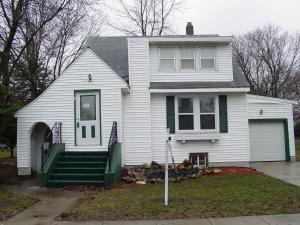 119 1st Street SW, Blooming Prairie, MN 55917
