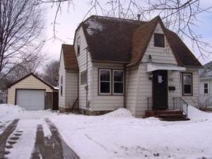 933 8th Avenue SE, Rochester, MN 55904