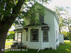 500 2nd Avenue SE, Hayfield, MN 55940