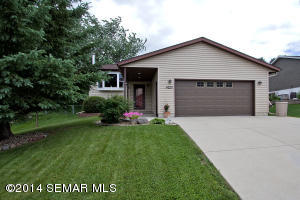 4220 Valley Drive NW, Rochester, MN 55901