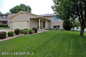 4340 57th Street NW, Rochester, MN 55901