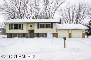 402 11th Avenue Circle NW, Kasson, MN 55944