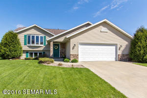 3661 Ironwood Court SW, Rochester, MN 55902