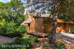 625 Woodhaven Drive NE, Rochester, MN 55906