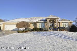 321 Wimbledon Hills Drive SW, Rochester, MN 55902