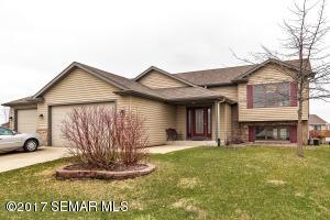 4640 Banff Lane NW, Rochester, MN 55901
