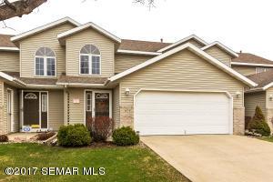 2428 Viola Heights Drive NE, Rochester, MN 55906