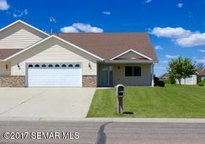 522 Memorial Drive SW, Blooming Prairie, MN 55917