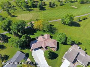 955 Olympic Hills Place NE, Owatonna, MN 55060