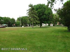 600 W Lyon Avenue, Lake City, MN 55041