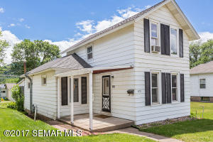821 11th Street W, Winona, MN 55987