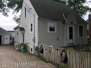 403 California Street SW, Brownsdale, MN 55918