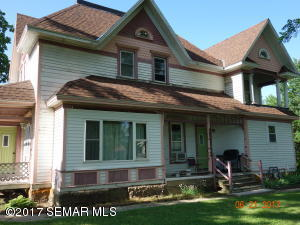 503 E 2nd Street, Lyle, MN 55953