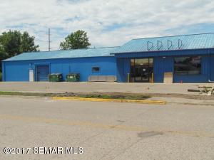 405 W Elm Avenue, Waseca, MN 56093