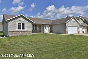 1515 Greenleaf Road, Owatonna, MN 55060