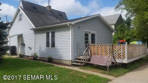 17 4th Street SE, Stewartville, MN 55976