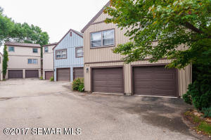 44 Viking Village Drive NW, Rochester, MN 55901