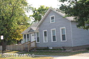 1059 W 5th Street, Winona, MN 55987
