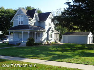 415 2nd Avenue SE, Pine Island, MN 55963